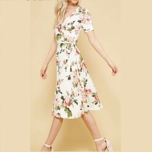 Dresses & Skirts - OVERLAP FLORAL MIDI DRESS